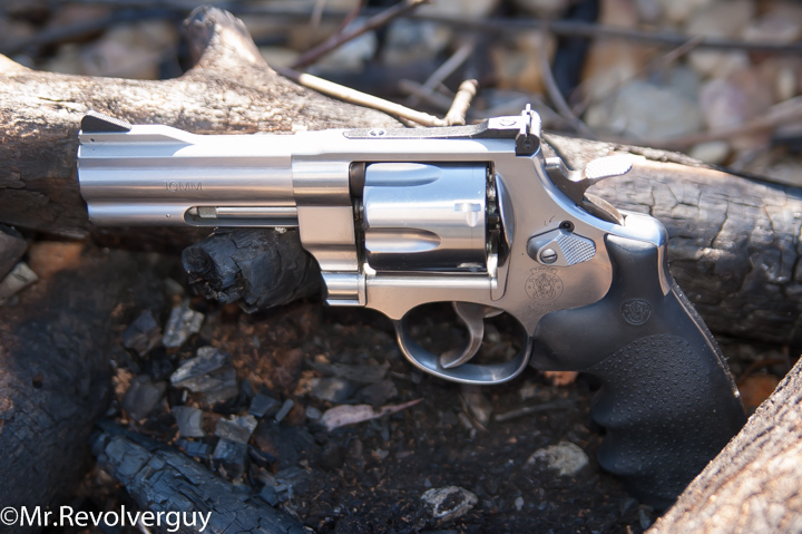 Underwood 10MM 135gr -- Speeds, Feeds and Ballistics All Revolver Demonstration 24